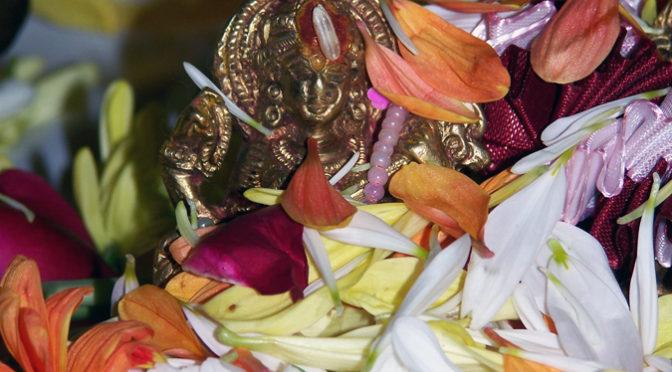 Vasant Panchami, Sarasvati Ma und der Frühlingsbeginn